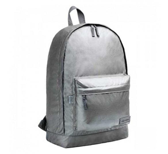 mochila de costas plus west village metalizada chumbo 313777 e1